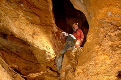 pal volgyi-barlang lead