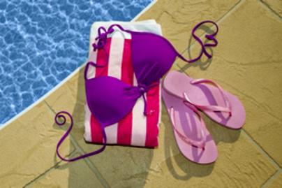bikini lead