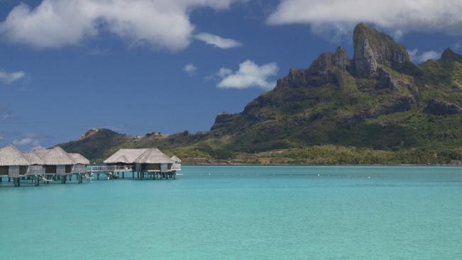 Tahiti megvendégelné