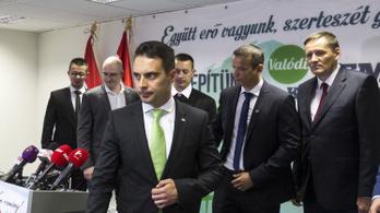 Zavarba hozta a Jobbikot, hogy Sorost kell védenie