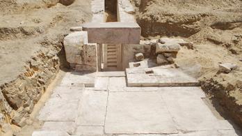 Újabb piramist találtak Egyiptomban