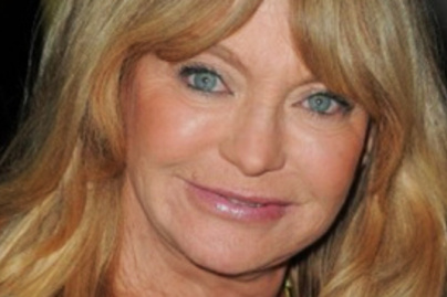 mutet goldie hawn lead