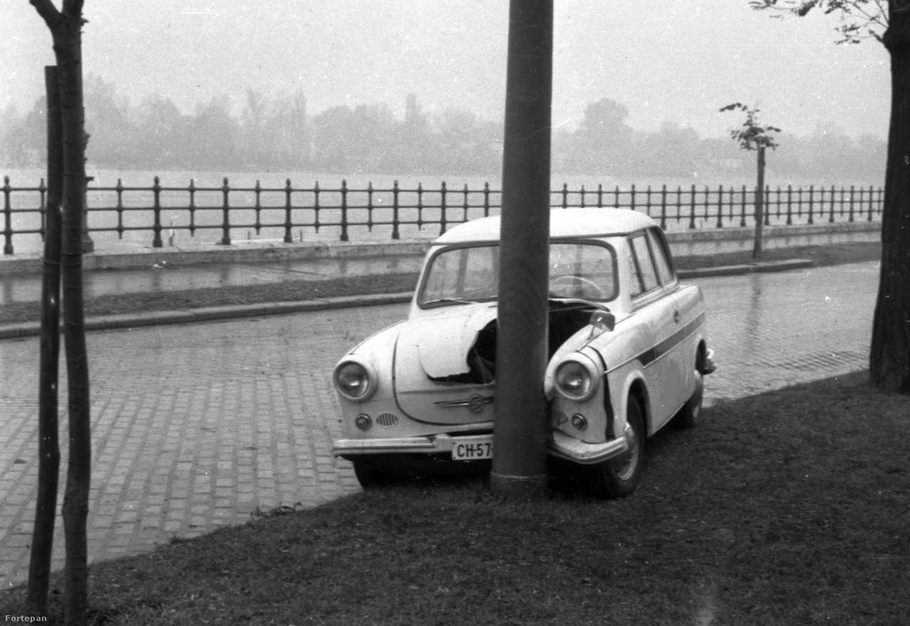 Újpesti rakpart a Katona József utca és a Jászai Mari tér között. 1963