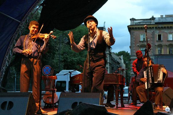 Keleti András a Budapest Bár koncertjén