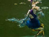 Magyar divatfotók a víz alól