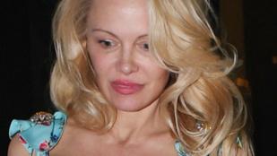 Izgalomba hozta rajongóit Pamela Anderson arca