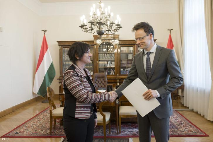 2015 februárjában vette át nagyköveti megbízólevelét Szijjártó Pétertől