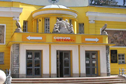 corvin mozi