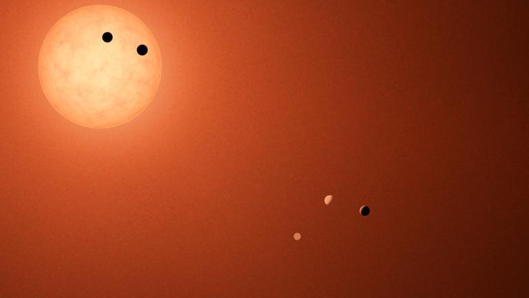 Megsüti bolygóit a TRAPPIST-1