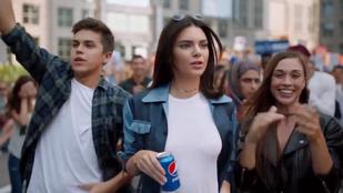 Kendall Jennert durván megviselte, hogy ilyen botrányt kavart a Pepsi reklámja