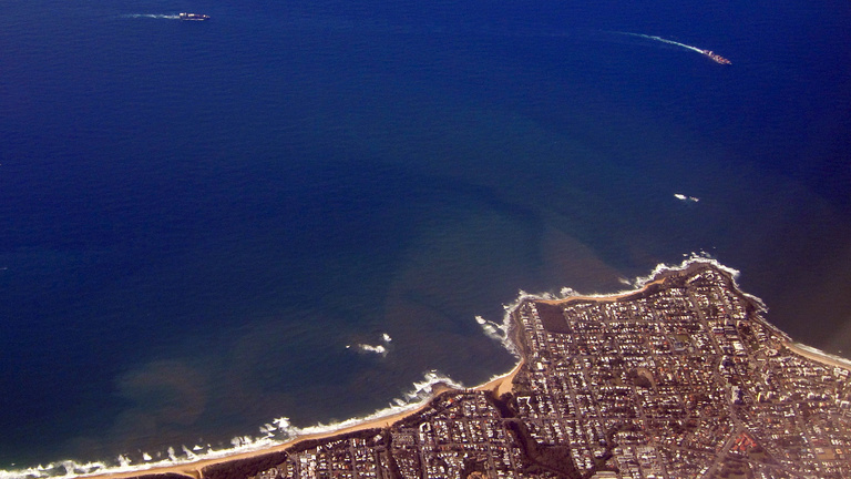 Lehűtenék az óceán vizét, hogy mentsék a Nagy-Korallzátonyt