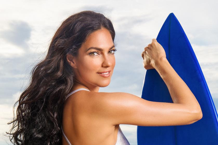 Bódi Sylvi irtó dögös bikinibe bújt - Szexi fotókon az Exek az édenben műsorvezetője