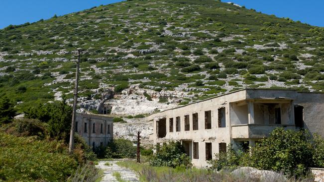 Albánia egy rejtélyes szigettel csalogatja a kalandra vágyókat
