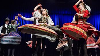 Az egész világról összegyűlnek a táncházasok