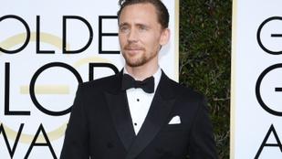 Tom Hiddleston nem csinál ügyet abból, ha meztelenkednie kell a filmvásznon