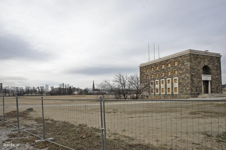 Az épülő Puskás Stadion
