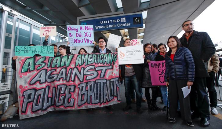 Tüntetés a chicagoi O'Hare reptéren