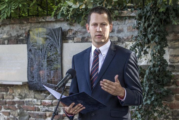 Fülöp Attila, nemzetiségi és civil társadalmi kapcsolatokért felelős helyettes államtitkár