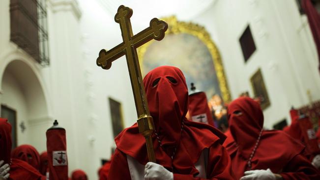 Látványos körmenetekkel ünnepli a Nagyhetet Spanyolország