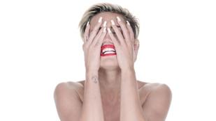 Emma Watson után, most Miley Cyrus meztelen fotóit szellőztetik a hackerek
