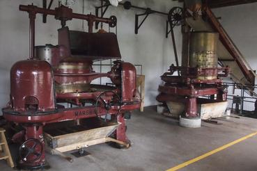 Muzeális darabnak tűnnek, pedig valójában dolgozó, 180 éves munkagépek