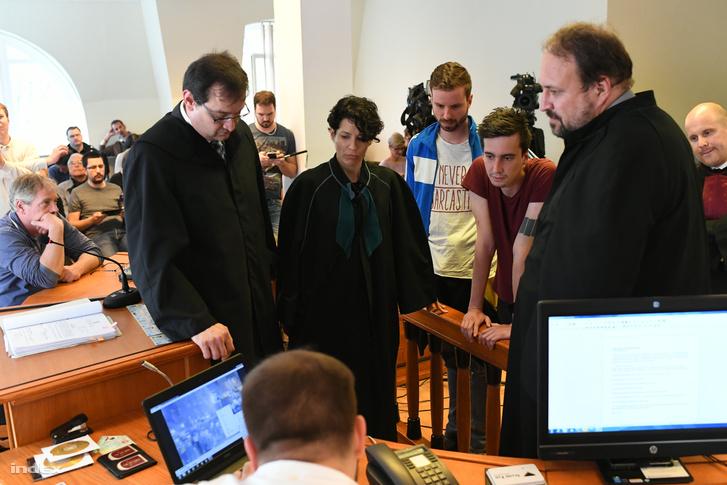 Gulyás Márton és Varga Gergely tárgyalása a bíróságon