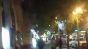 Egy tüntető levideózta, ahogy szerinte civil ruhás rendőrök követik