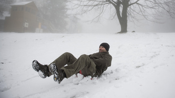 Fél méter hó esett Dobogókőn