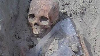 Kora középkori sírokat találtak a dunaszerdahelyi Tesco mellett