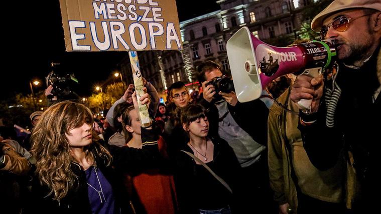 Jövőre Putyinról is szavazhatnak a magyarok