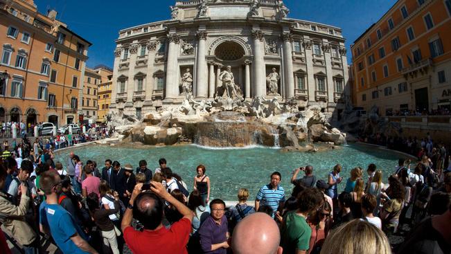 Rómának több a bevétele a Trevi-kútból, mint múzeumbelépőkből