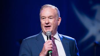 Belebukott a zaklatási vádakba az amerikai sztárműsorvezető