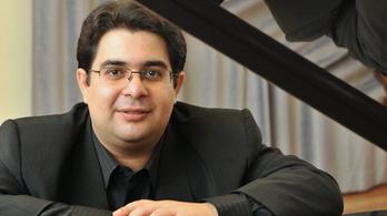 Farkas Gábor új Liszt-lemezét dicsérik a külföldi kritikusok