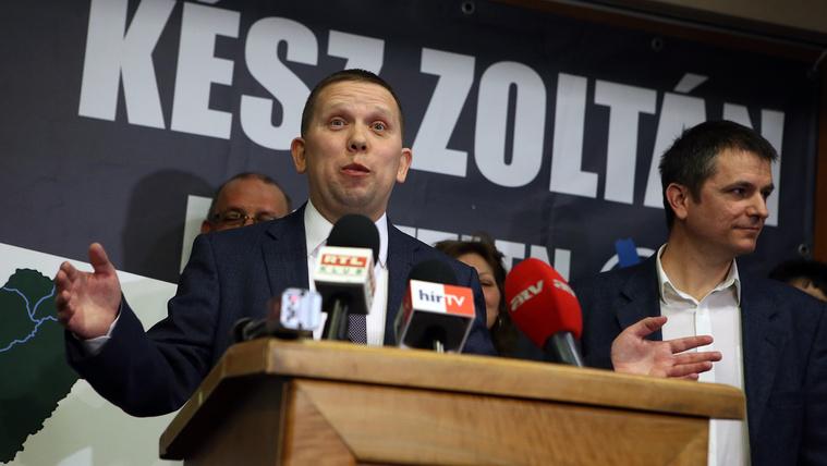 Oroszul kérdezte a képviselő a minisztert