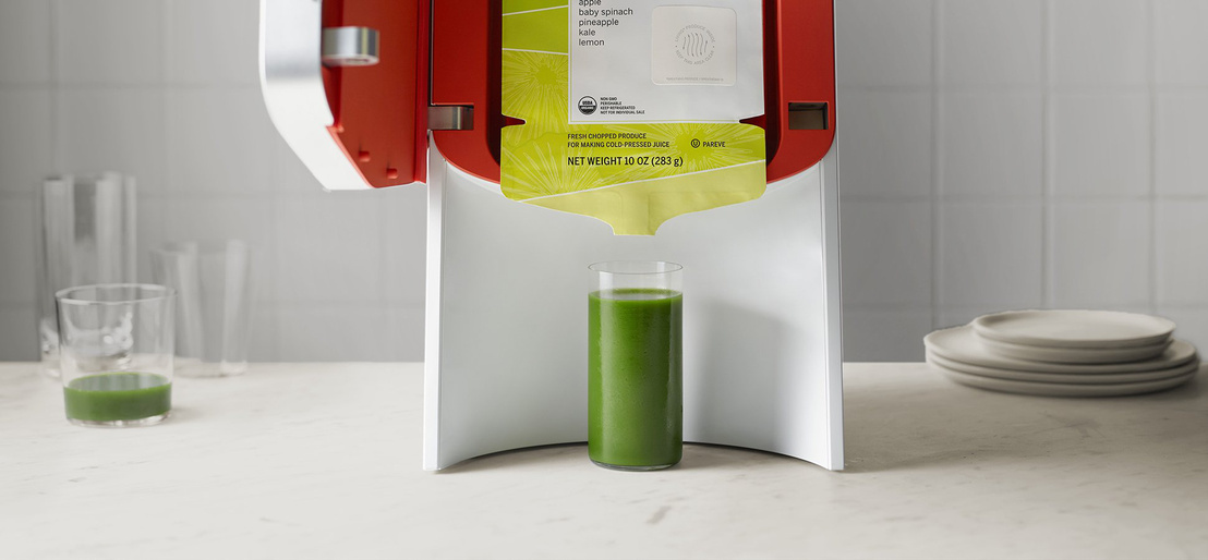 Juicero-Press Open-Door-with-Pack pan 87418