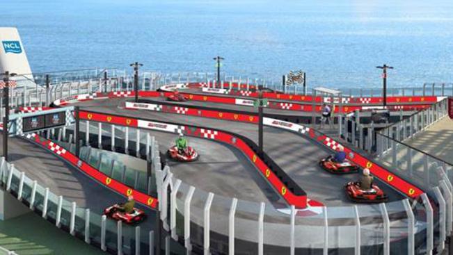 Hiánypótló: Ferrari-gokartpálya egy óceánjáró fedélzetén