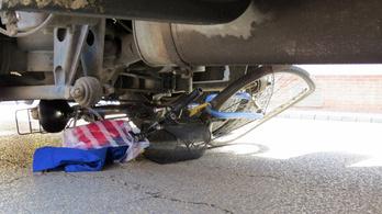 Kukásautó gázolt halálra egy kerékpáros nőt