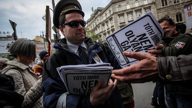 Az orosz követségnél tüntetgetünk? Nyugi, ott lesz az FSZB is