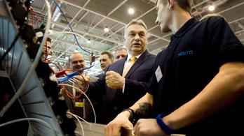 Orbán: Mindig a fiatalok lesznek az elsők