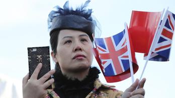 A kínai turistáknak egész Európa egy nagy outlet