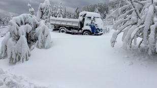 Egy hetet töltött a hó fogságában egy szilvásváradi erdész