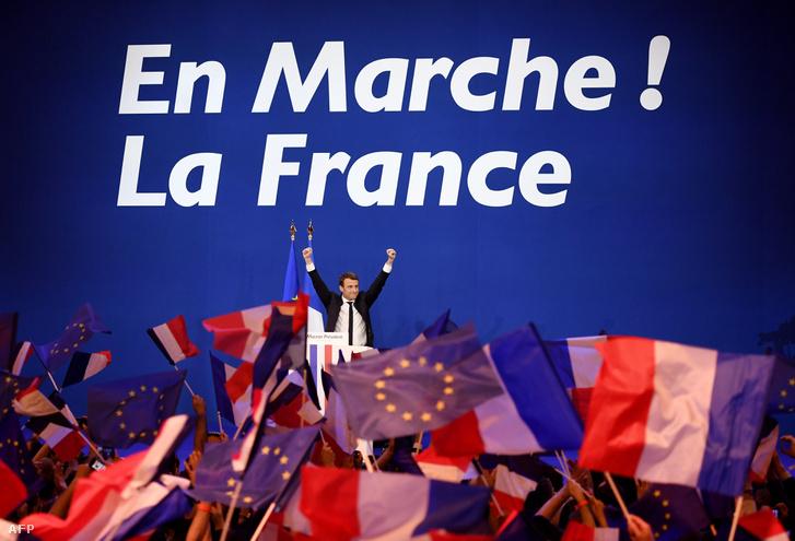 Emmanuel Macron a választások első fordulója után tartott kampányeseményen.