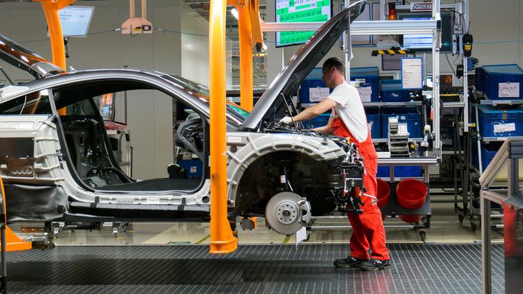 A böglyök hatása a magyar Audi-gyártásra