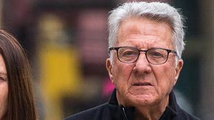 Megnézné, ahogy Dustin Hoffman a feleségével andalog?