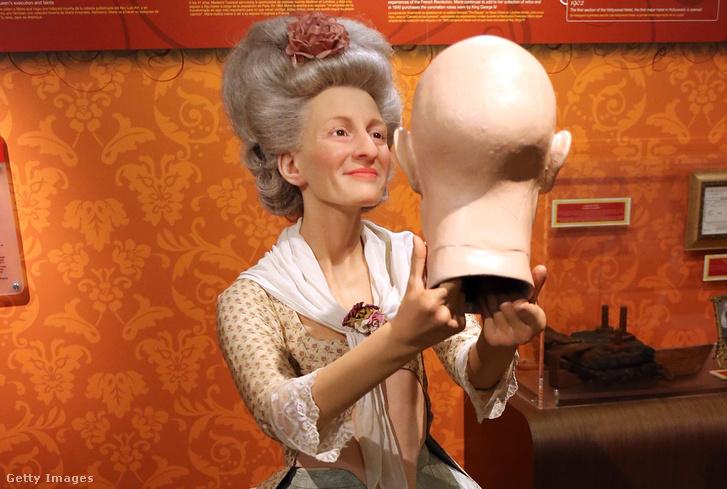 Marie Tussaud viaszszobra a Madame Tussaud panoptikumban