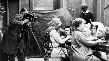 Madame Tussaud lefejezett politikusok fejeivel tanult szobrászkodni