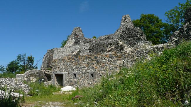 Ünnepelje várrom-túrával a húszéves Balaton-felvidéki Nemzeti parkot!