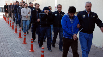 1628 embert vittek el a rendőrök Törökországban