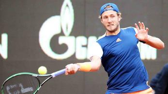 Döntőbe jutott az első kiemelt a budapesti tenisztornán
