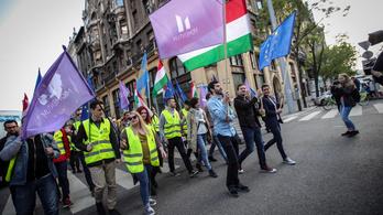 Május 1-je sem hozta el a megváltást az ellenzéknek